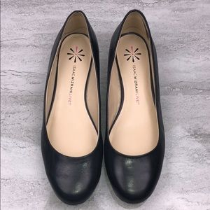 ISAAC MIZRAHI LIVE Black Leather Flats